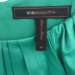 BCBG MAXAZRIA  SLEEVELESS EMERALD SATIN  DRESS